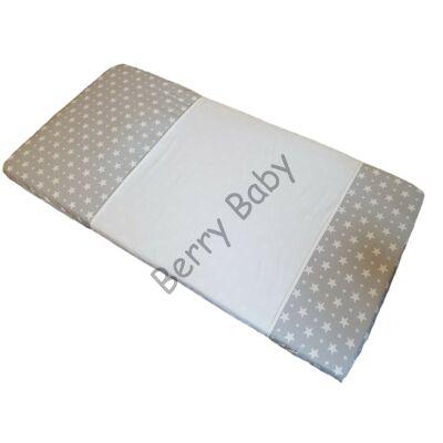 Berry Baby Vízhatlan matracvédő kiságyba- KERESZTBEN A BABA ALÁ