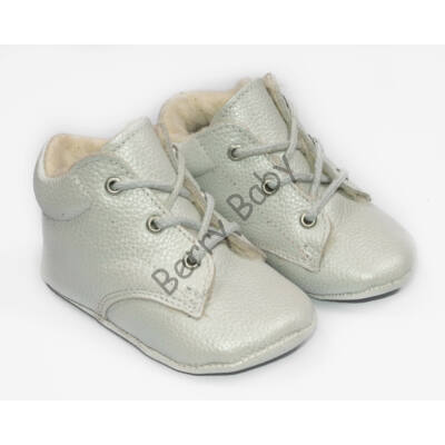 Baby Leather Shoes: Pearl  (with shoelace) Size 19